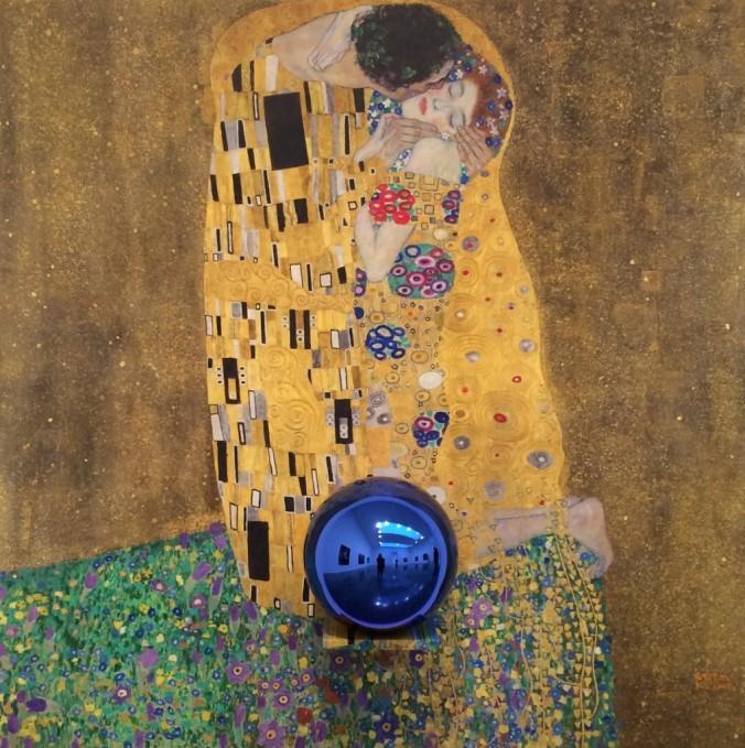 jeff-koons-gazing-balls-gagosian-gallery-nyc-1019x1024