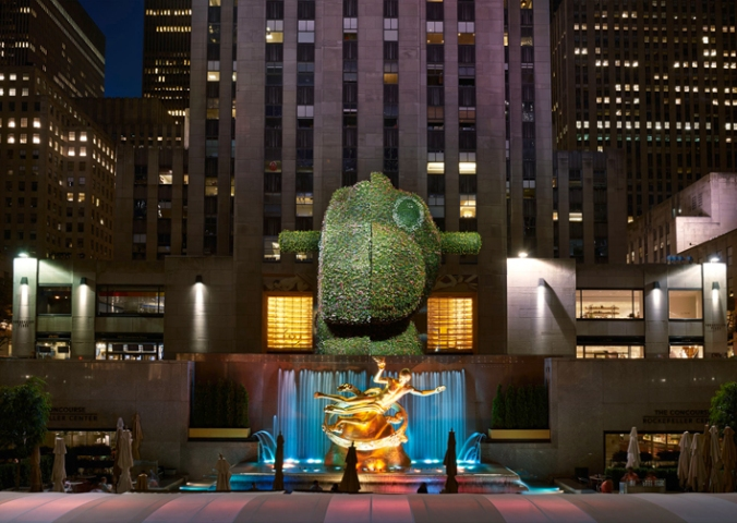koons-2000-split-rocker-rockefeller-center-d-web